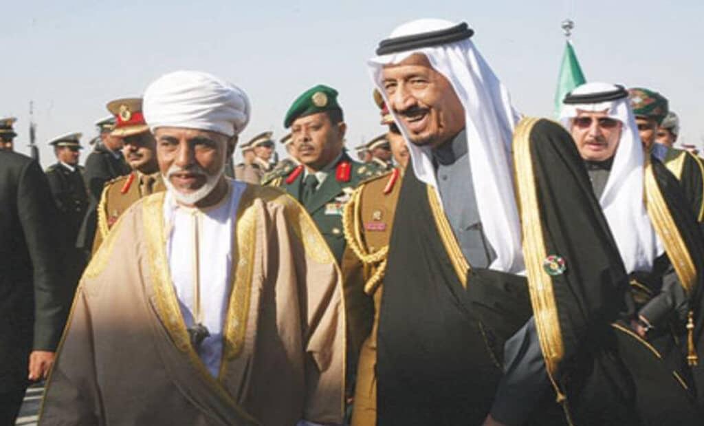 هل تخلت السعودية عن وساطة قابوس.. رئيس وزراء باكستان يتولى الوساطة بين الحوثيين والتحالف