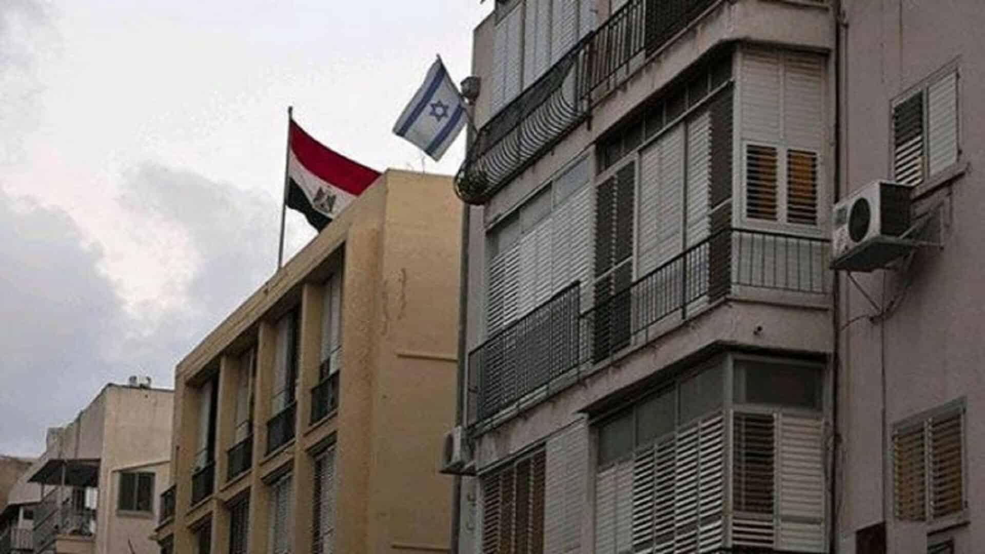 بلا خجل .. سفيرا السعودية والبحرين احتفلا بالذكرى الـ70 لاحتلال فلسطين في سفارة إسرائيل بالقاهرة