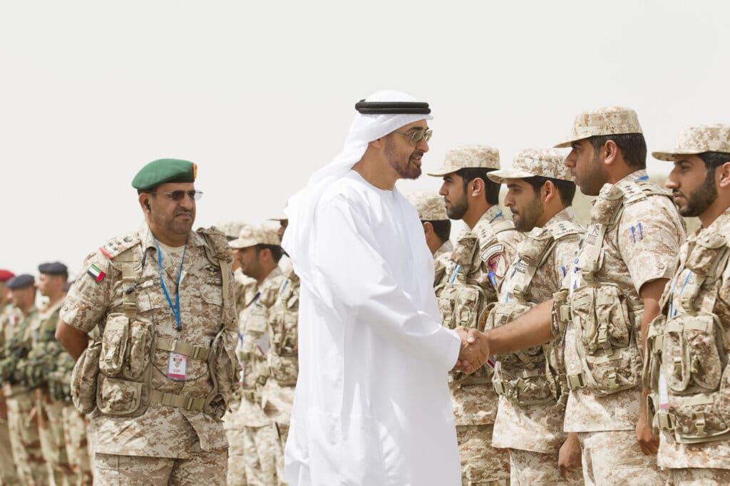 الإماراتيون يكذبون ويدعون مغادرة اليمن.. انتقادات تلاحق أبوظبي بسبب أنشطتها المريبة في ميون