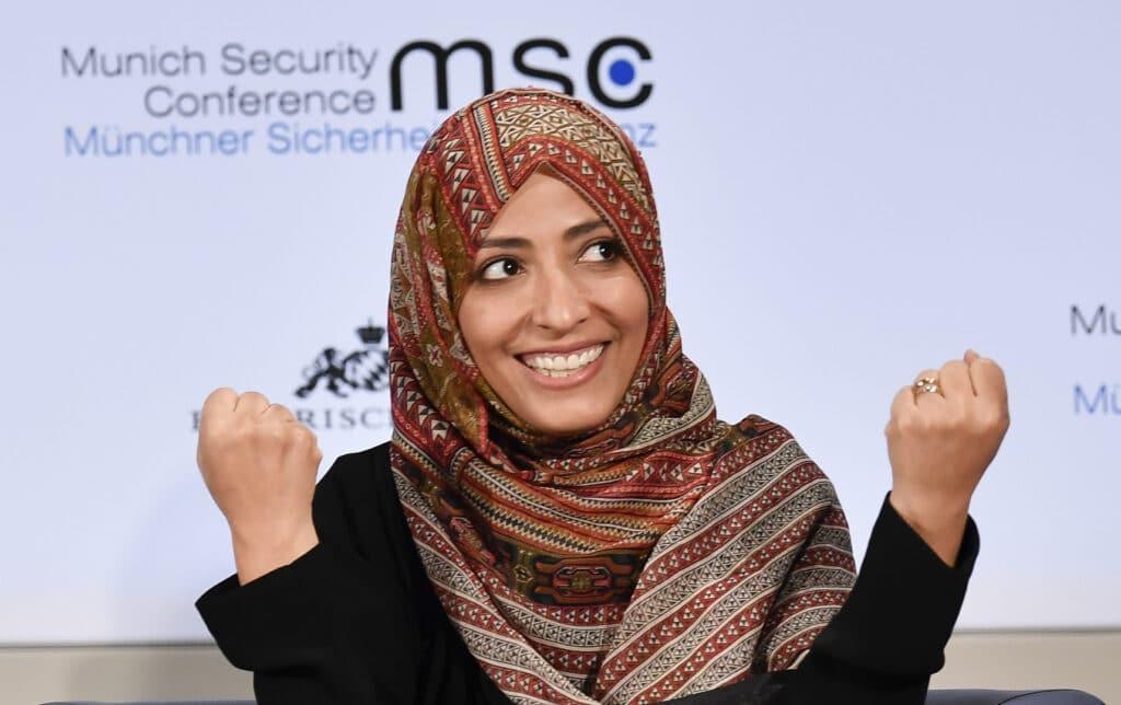 """توكل كرمان تثير غضب التونسيين بعد وصفها قيس سعيد بـ""""الروبوت"""""""