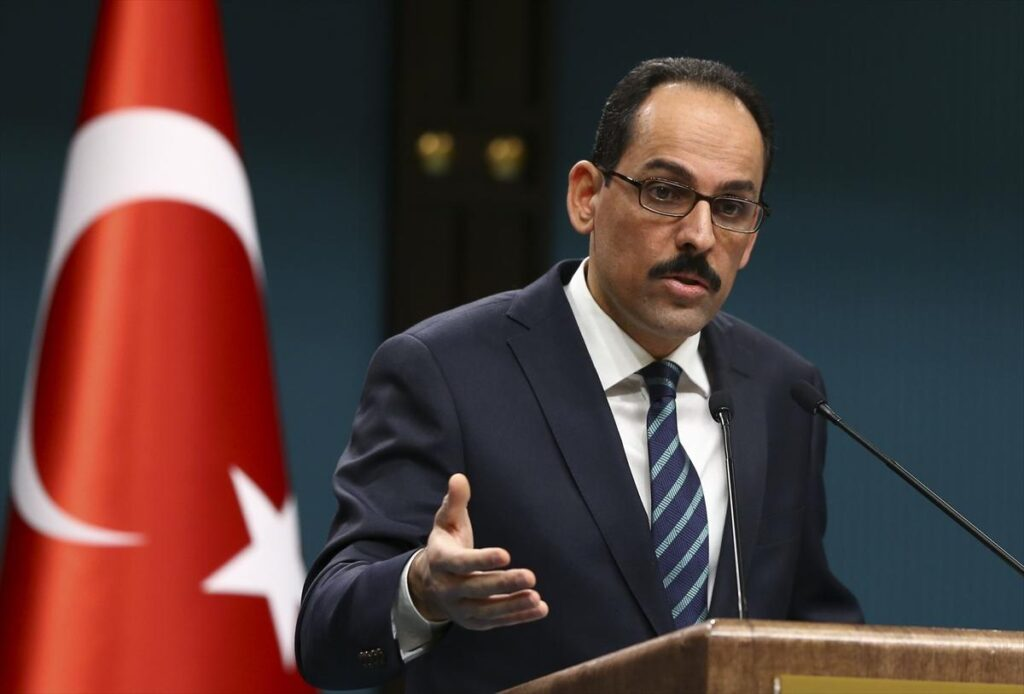 """متحدث الرئاسة التركية يحرج زعماء العالم: هل سيسيروا لضحايا المسلمين كما فعلوا لـ """"شارلي إيبدو""""؟"""