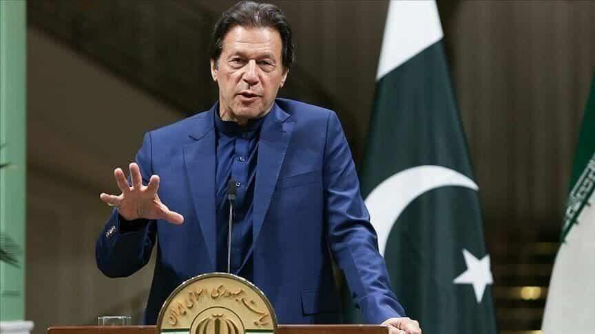 عمران خان متجاهلا الملك سلمان: هذان الزعيمان أبرز زعماء العالم الإسلامي
