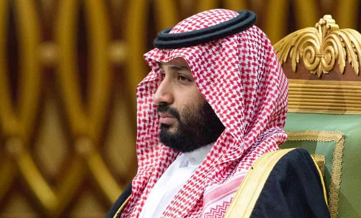 بعد مطالبته الفلسطينيين بقبول صفقة القرن.. تركي الحمد يناشد ابن سلمان السماح لليهود بفعل هذا الأمر داخل السعودية