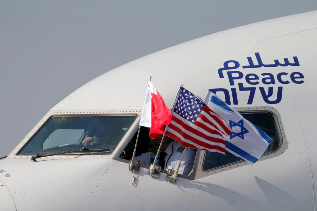 """بينهم هيثم بن طارق وأمير المؤمنين محمد السادس.. زعماء عرب يفوزون بجائزة """"صهيون"""" لأصدقاء إسرائيل!"""