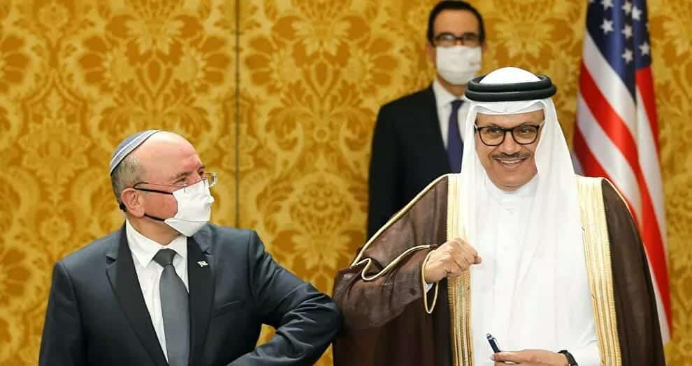 """""""كل ما علينا فعله هو تغيير اللافتة على الباب"""".. سفارة سرية لإسرائيل في البحرين منذ 11 عاما وتفاصيل مثيرة"""