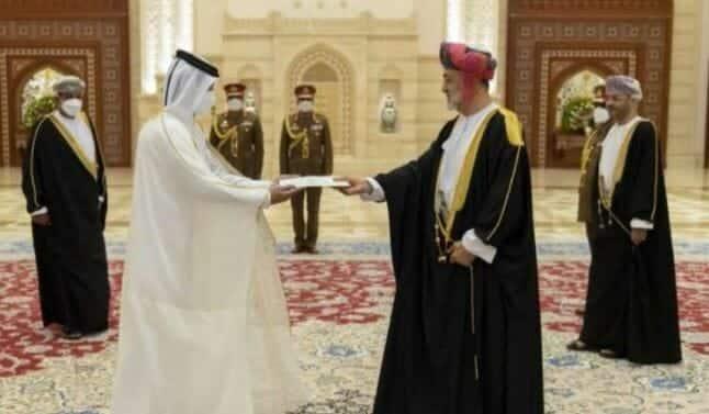 سفير قطر عمان الشيخ جاسم بن عبد الرحمن آل ثاني والسلطان قابوس