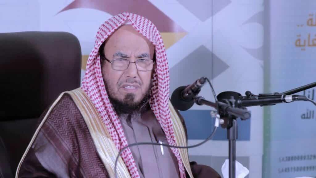 """بعدما كفروا الاخوان.."""" شاهد"""" مستشار بالديوان الملكي قرأ الفاتحة وقال لا تتبعوا الحوثيين وحزب الله لهذا السبب"""