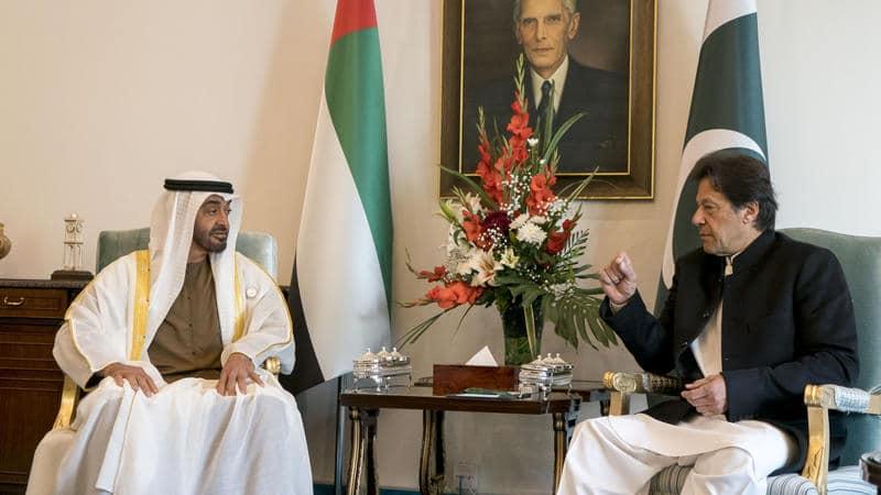 """ابن زايد """"المغلول"""" ينتقم من عمران خان بتهديد مليون ونصف باكستاني في الإمارات وباكستان تطالب بحل"""