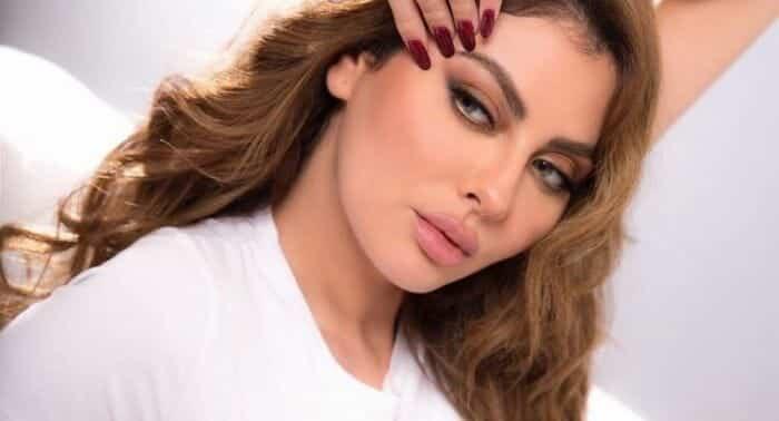 """""""شاهد"""" مريم حسين تُحرج ملك المغرب محمد السادس.. هذا ما فعلته مع إسرائيلي في دبي وانفجرت ضاحكة"""