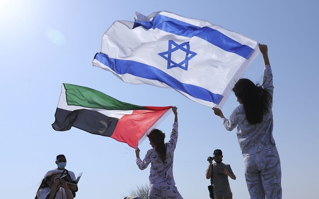 بغض النظر عن الدعارة في دبي.. إسرائيليون يكشفون ما رأوه في وطنهم الثاني الإمارات وصدمهم!