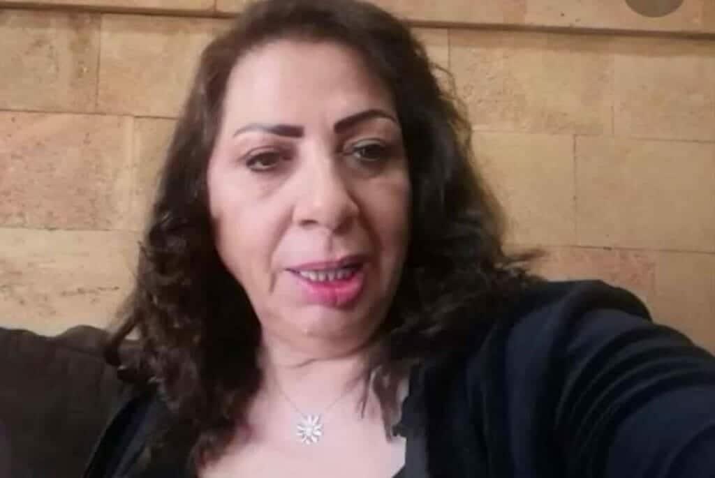 """غادة بشور تفجّر ضجة واسعة: """"الحجاب يسيء للمجتمع ويحرم المرأة من أنوثتها!"""" .. """"وطن"""" تكشف الحقيقة"""