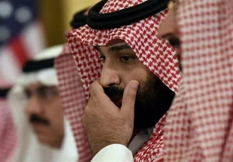 """ابن سلمان يقود السعودية إلى الهاوية.. منطقة لن يفرض فيها ارتداء الحجاب وسيتاح بها """"البكيني"""" والخمور!!"""