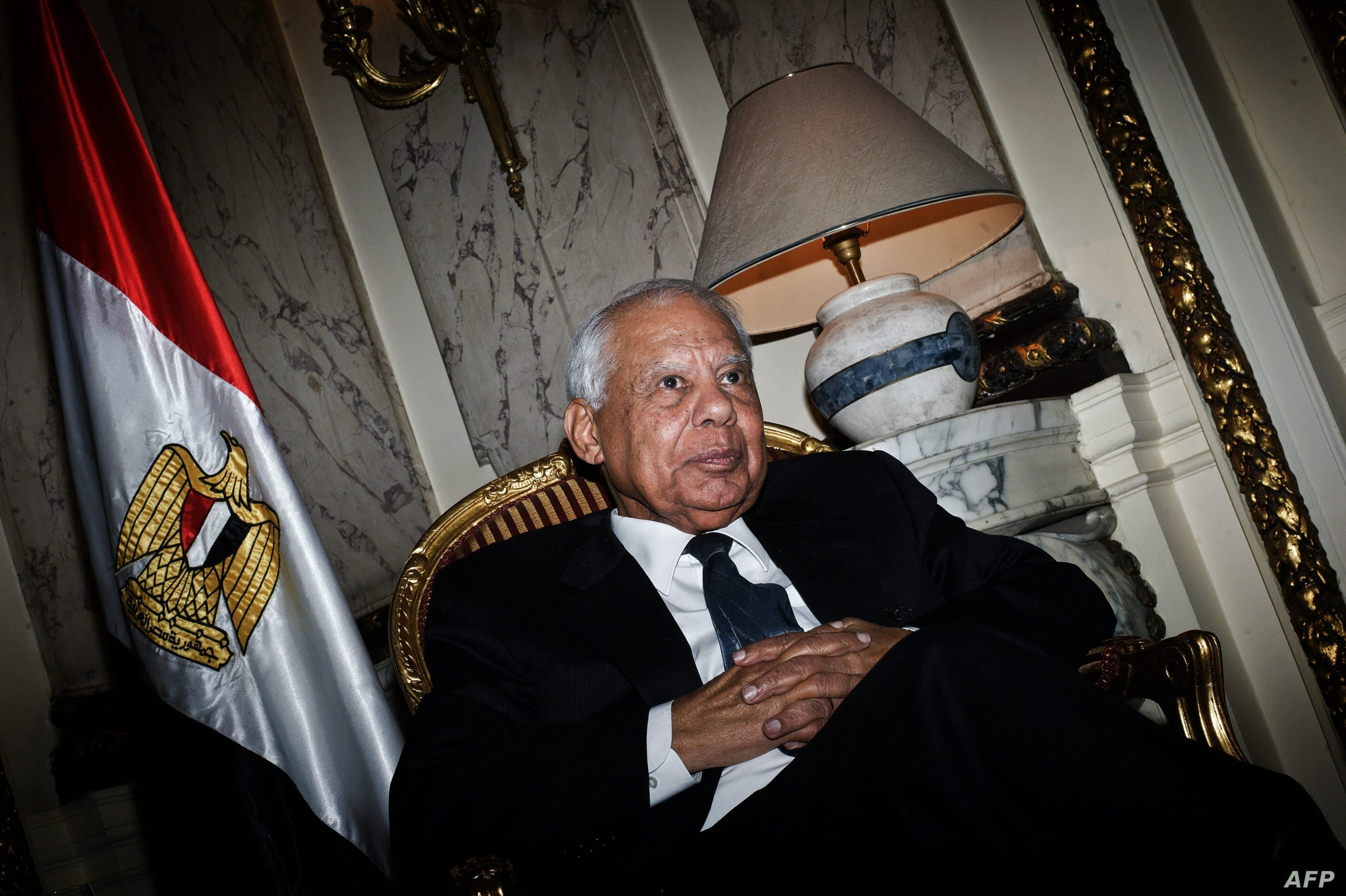 رفضت محاكمته في قضية تعذيب.. إدارة بايدن تعيد حصانة رئيس وزراء مصر الأسبق حازم الببلاوي