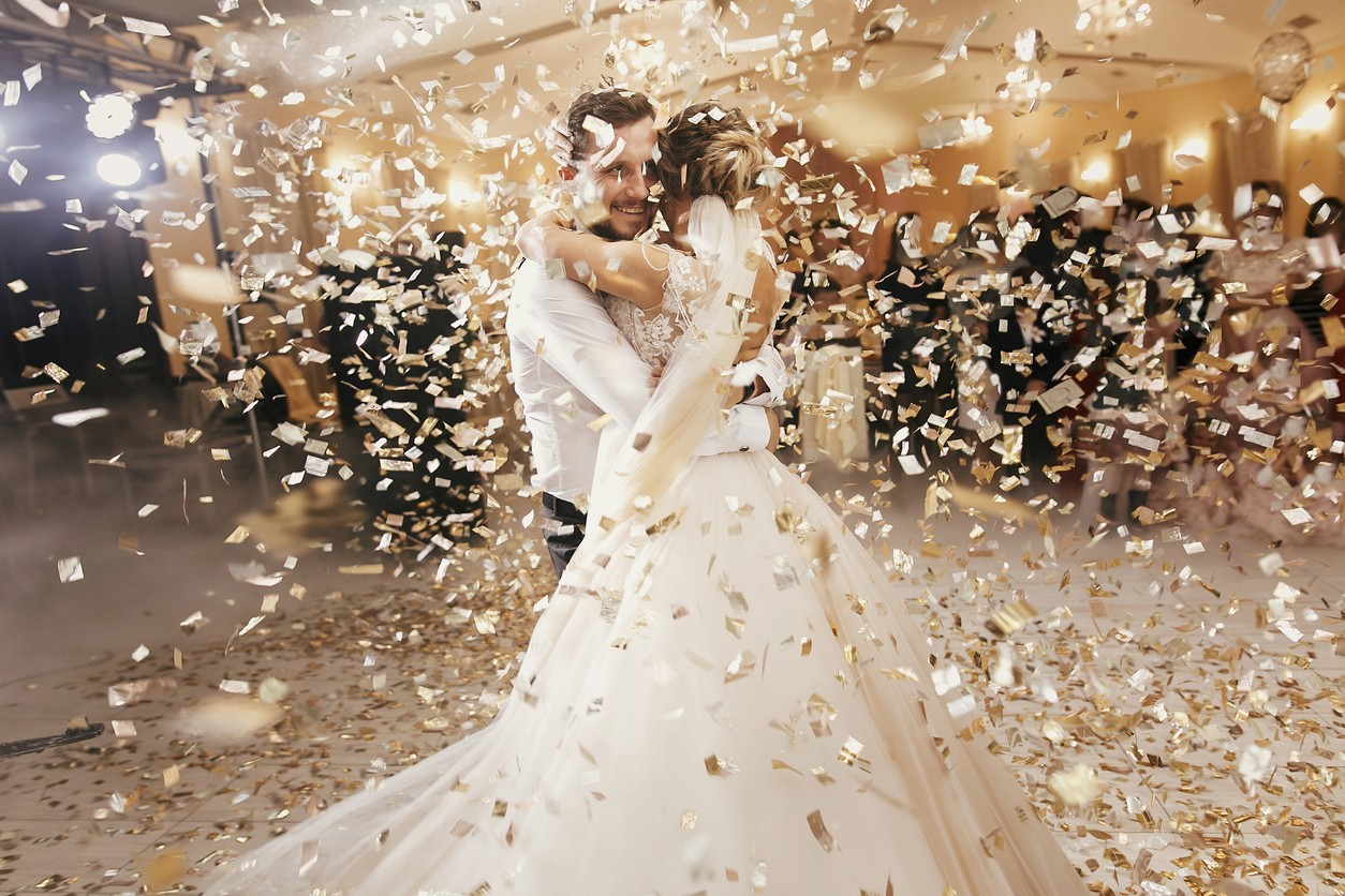 """بعد شهد الحوال.. """"شاهد"""" زواج كويتية بحبيبها الياباني يثير جدلاً واسعاً في الكويت وهذه هي قصتهما"""