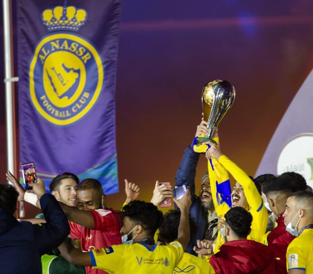 النصر السعودي يُتوج بلقب كأس السوبر للمرة الثانية في تاريخه بتغلبه على غريمه الهلال