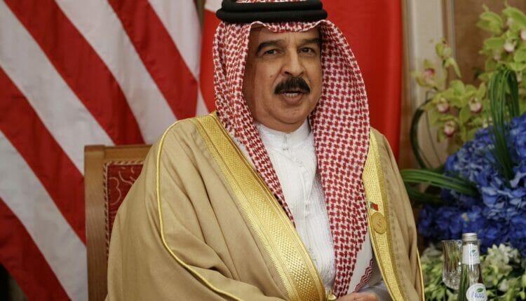 الإمارات تدفع البحرين للهجوم على قطر بفيلم عن سيادة آل خليفة يثير الجدل