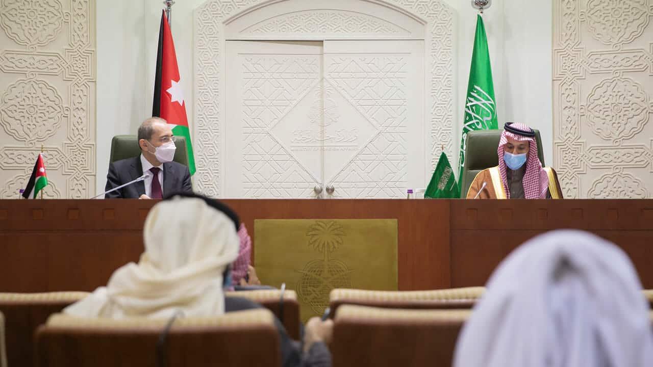 """""""شاهد"""" وزير خارجية السعودية يكشف عن موعد إعادة فتح سفارة بلاده في قطر"""