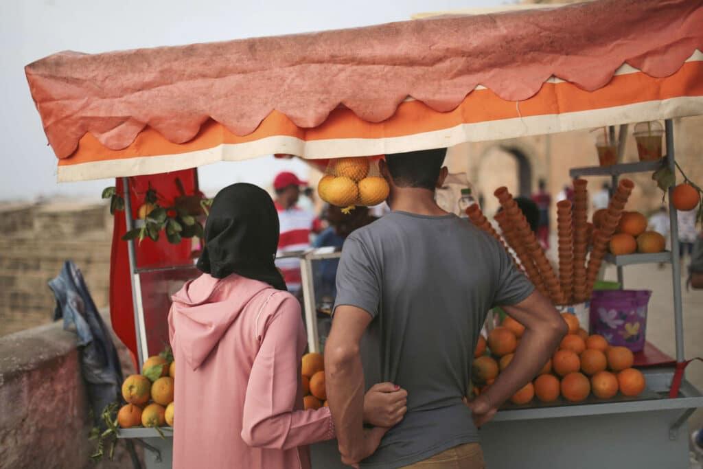 """بعد فضيحة """"فتاة تطوان"""".. هل يتم تقنين """"الجنس بالتراضي"""" في المغرب بعد حملة الكترونية؟"""