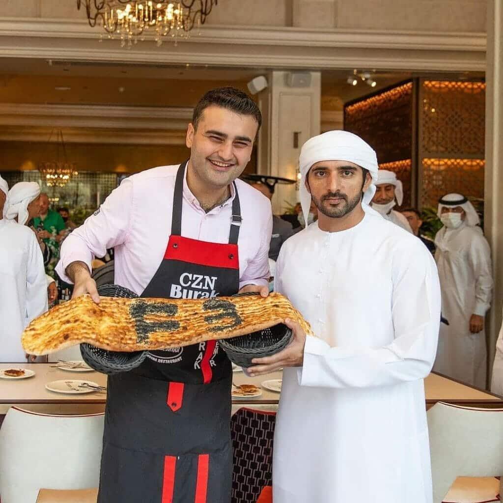بعد إغلاق مطعمه .. شاهد الشيف التركي بوراك يتعرض لموقف محرج في دبي!