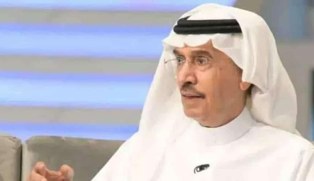 """صحيفة """"العرب"""" الممولة من الإمارات تصف ابن خال الملك فهد بالعاجز في مقال ناري"""