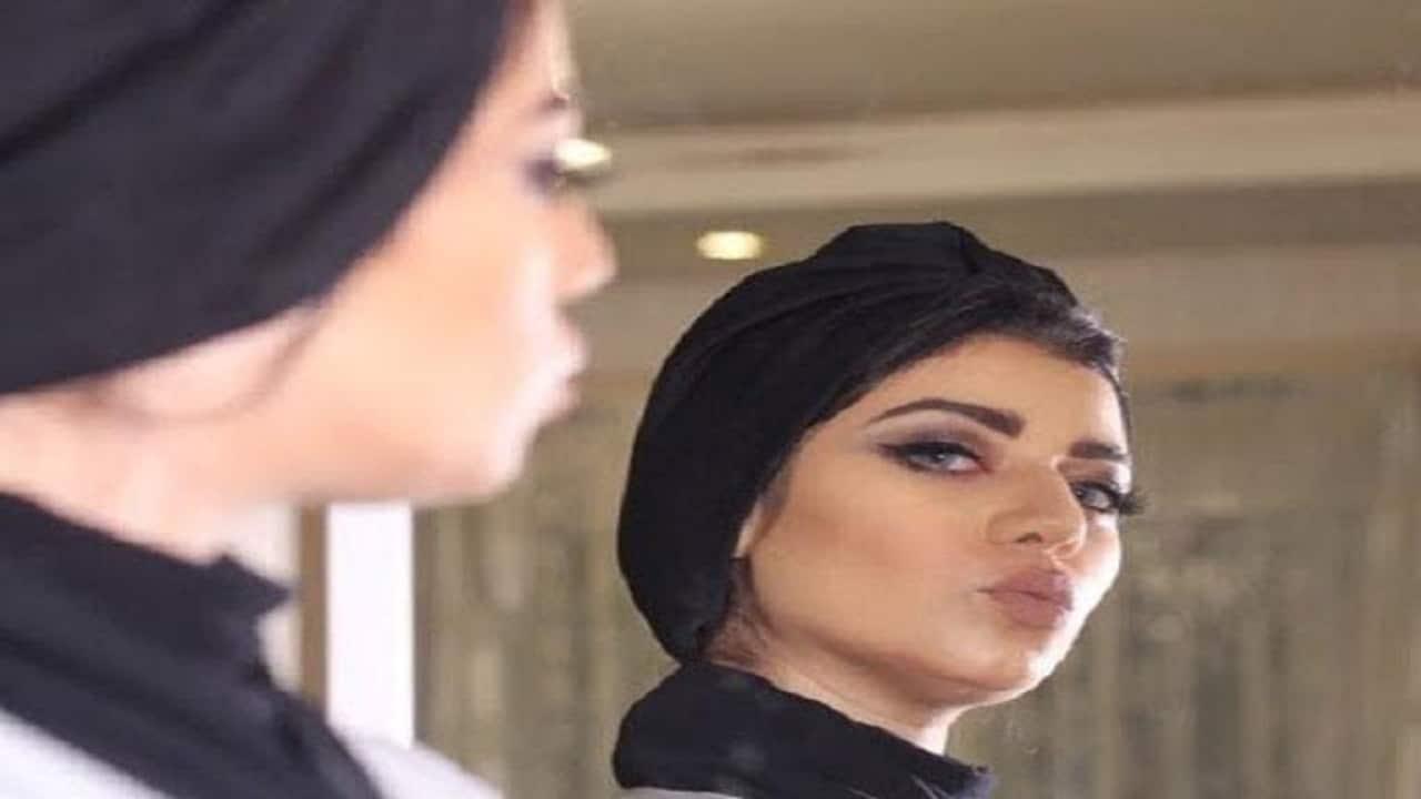 شاهد ماذا فعلت السعودية نجلاء عبد العزيز بطفلها وأثارت غضب السعوديين وطن يغرد خارج السرب