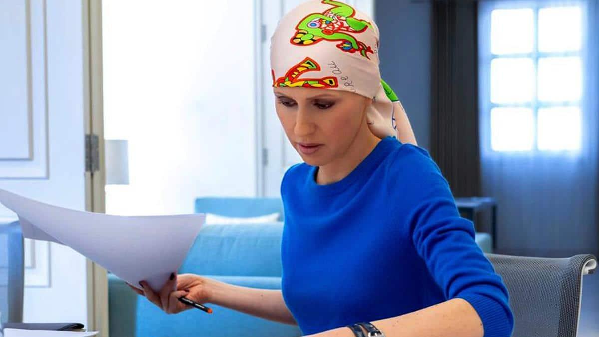 شرطة لندن تصدم أسماء الأسد بهذا القرار بعد أيّام من إصابتها بكورونا هي وزوجها