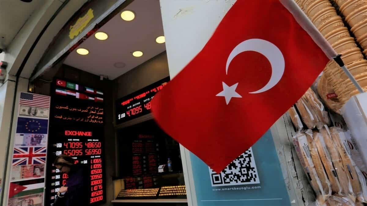 نجح أردوغان وخابت مساعي الشامتين.. بلومبيرغ تكشف سر إقبال المستثمرين على البورصة التركية