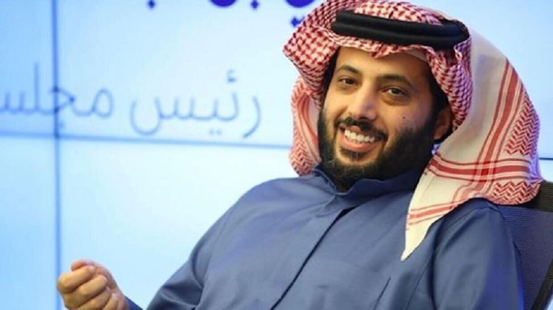 (شاهد) صورة التقطت خلسة لتركي آل الشيخ تثير غضبه
