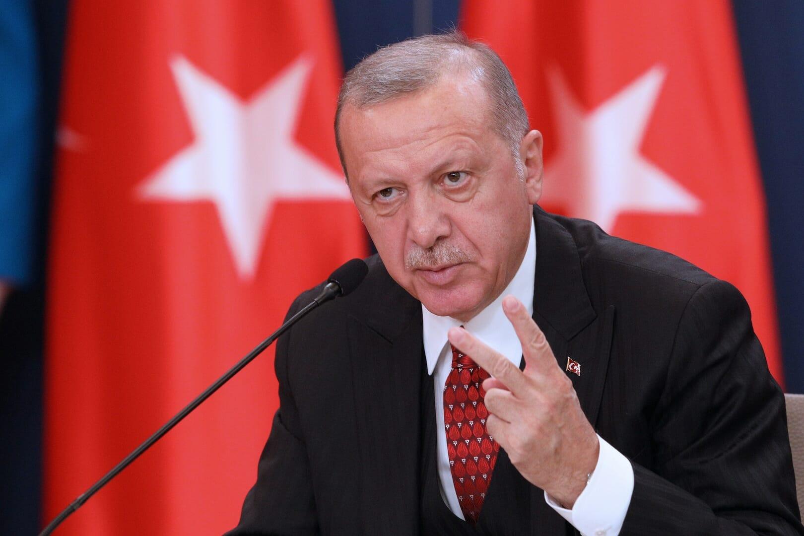 أكاديمي إماراتي يحذر أردوغان من غدر ابن سلمان: لهذا السبب تسعى السعودية للصلح مع تركيا