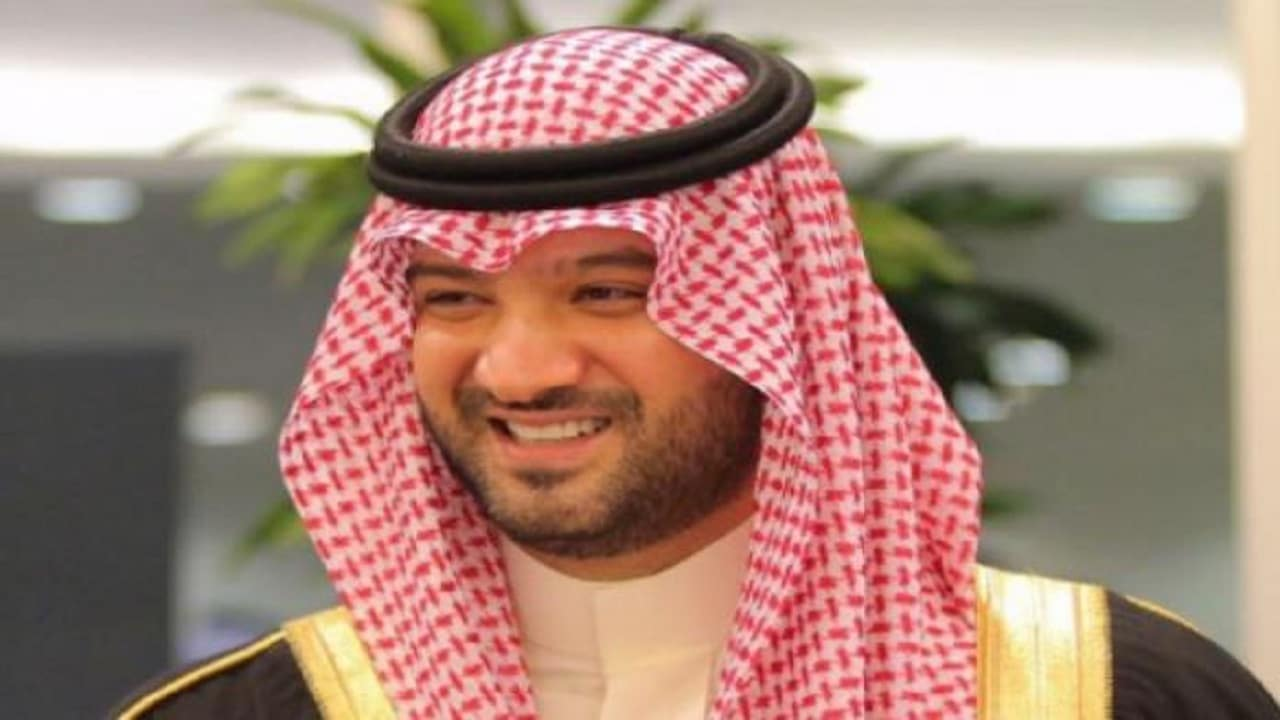 أمير سعودي يهاجم الإدارة الامريكية لانتقادها الحوثيين فقط في قصف السعودية