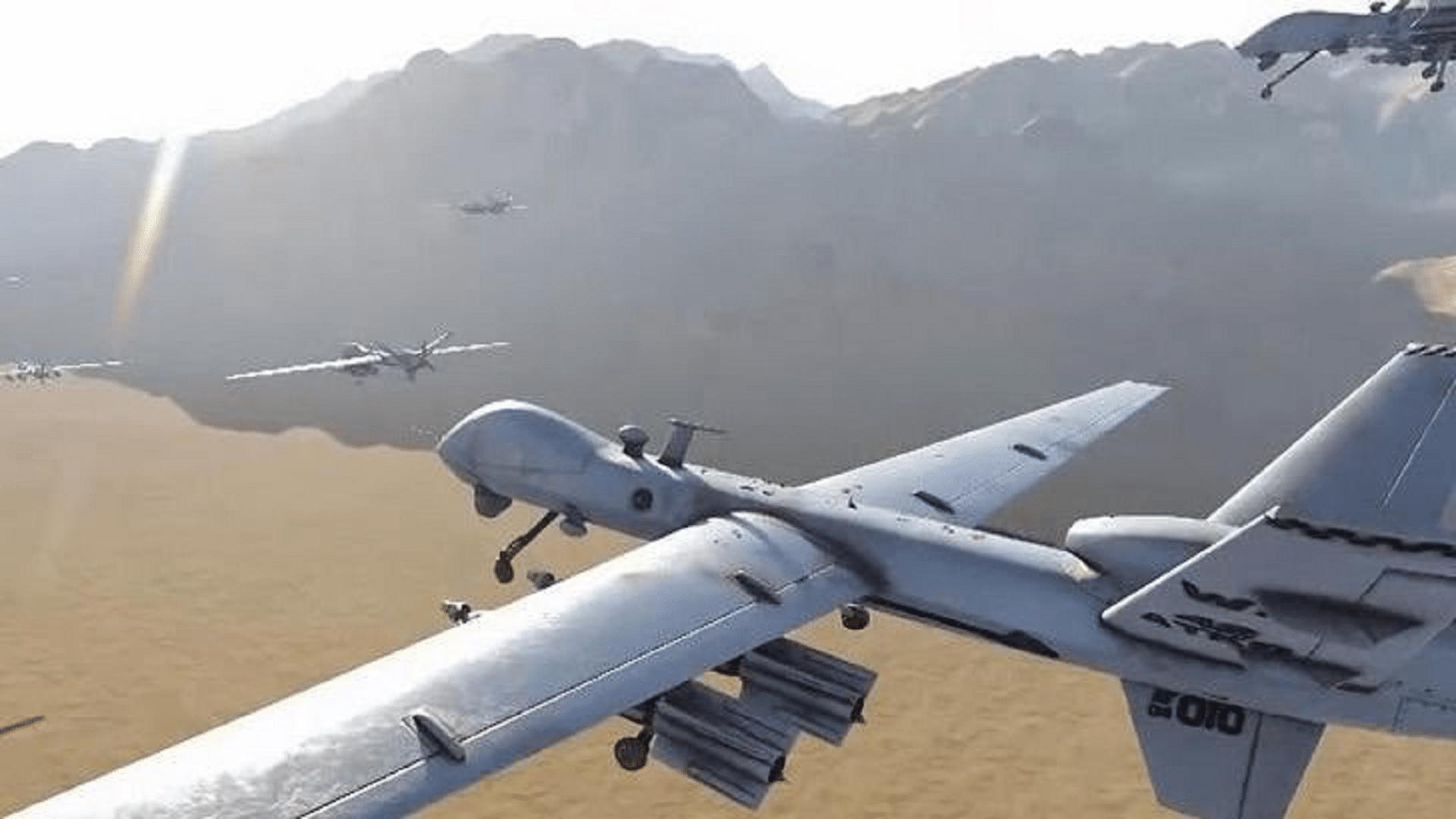 مغرد سعودي يفجر مفاجأة: طائرات الحوثيين يتم استيرادها من الخارج وتمر عبر الإمارات