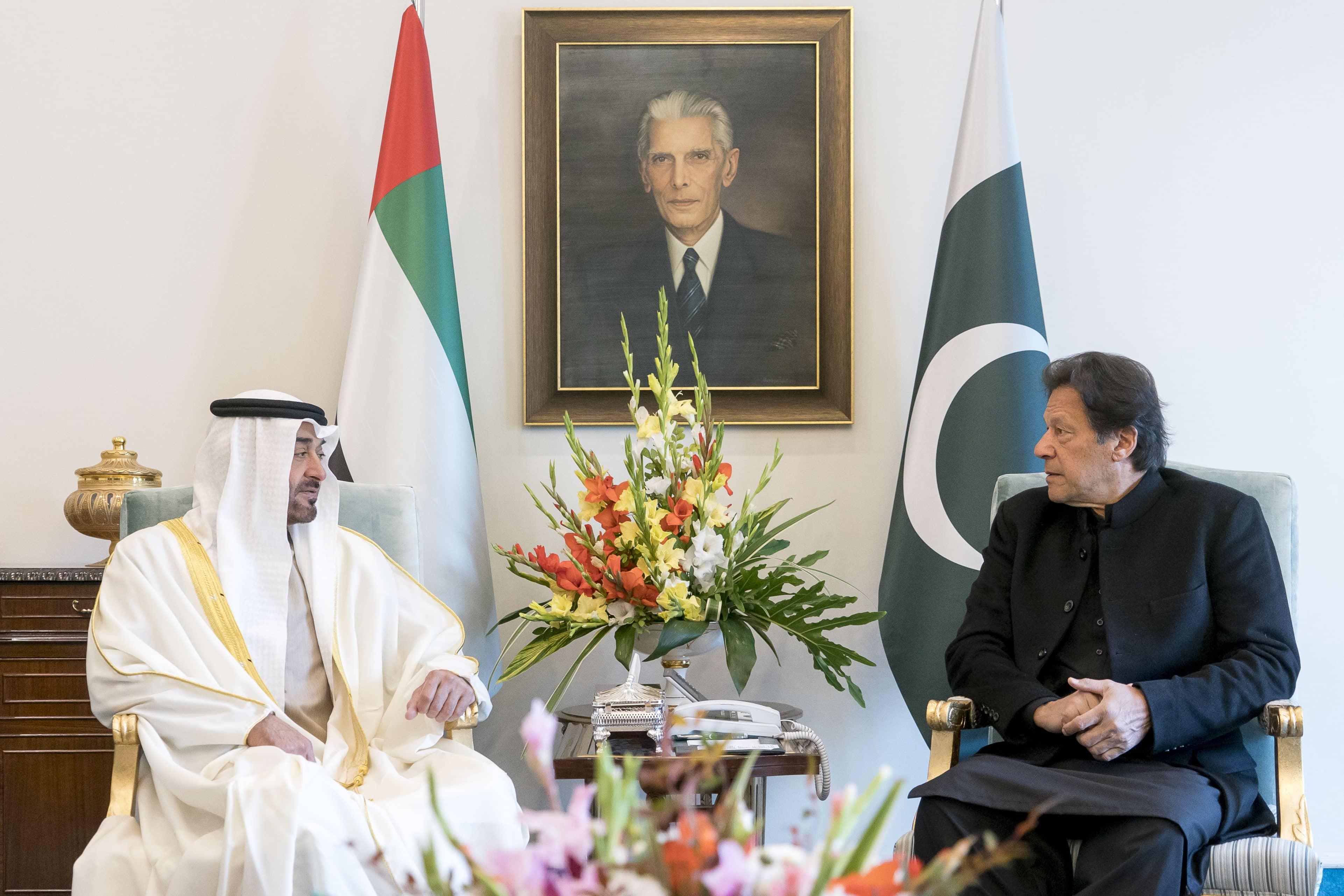 محمد بن زايد غاضب جدا من عمران خان لرفضه الاستجابة له وقرر معاقبة باكستان