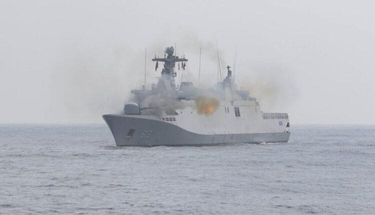 """المغرب والولايات المتحدة يجريان مناورات عسكرية حملت اسم """"مصافحة البرق 2021"""""""