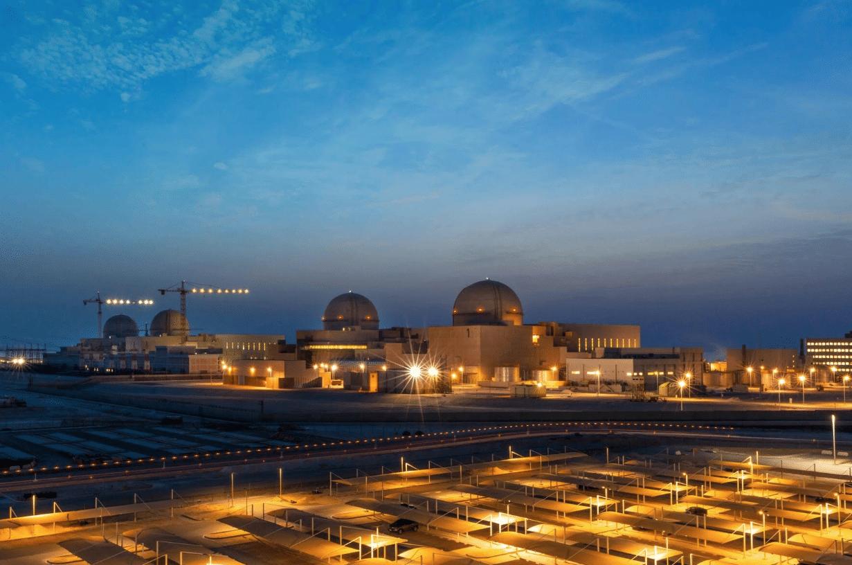 """الإمارات """"قنبلة موقوتة"""" بعد تشغيل محطة براكة النووية.. ماذا لو استهدفها الحوثي  مثل أرامكو؟"""