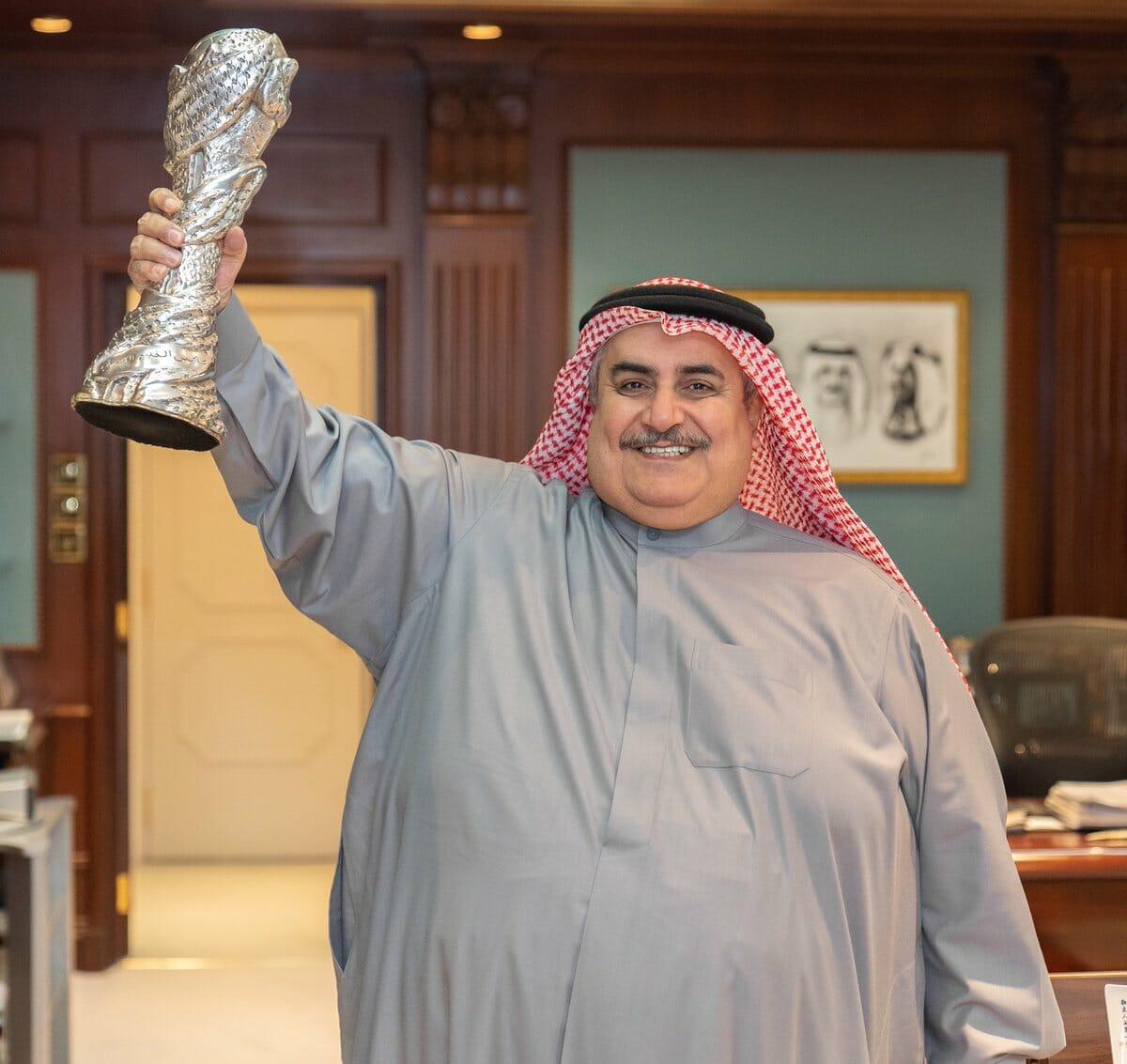 تناقضات خالد بن أحمد من قطر