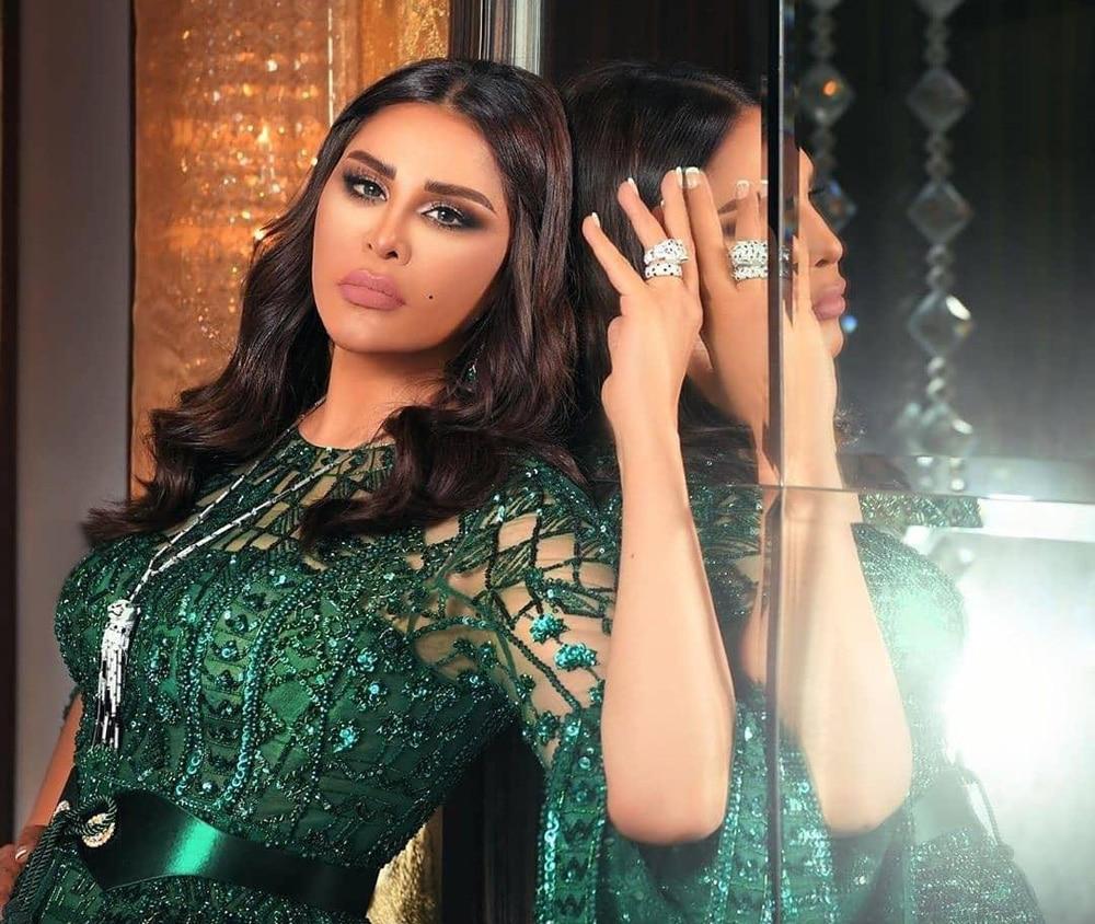 """""""شاهد"""" هكذا انتقمت أحلام من ناشط كويتي شهير سخر من مظهرها وقارن جسدها بجسد نانسي عجرم"""