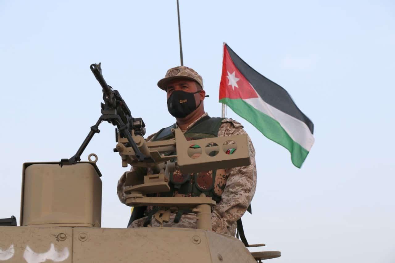 """لإدانة الأمير حمزة .. مفاجأة مصورة عن اعترافات معتقلين في """"المؤامرة"""" بالأردن"""