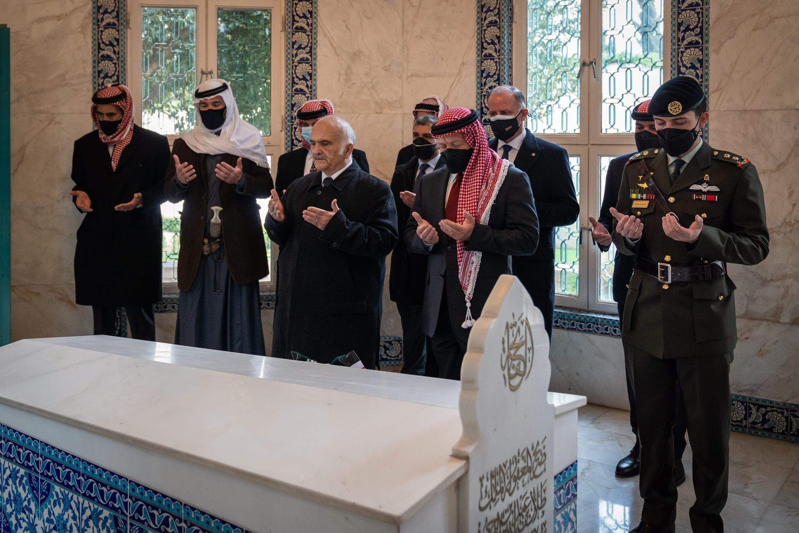 """""""أصبح الأردن مملكة موز"""".. فورين بوليسي: الأردنيون يفضلون الأمير حمزة للملك من أخيه عبدالله"""