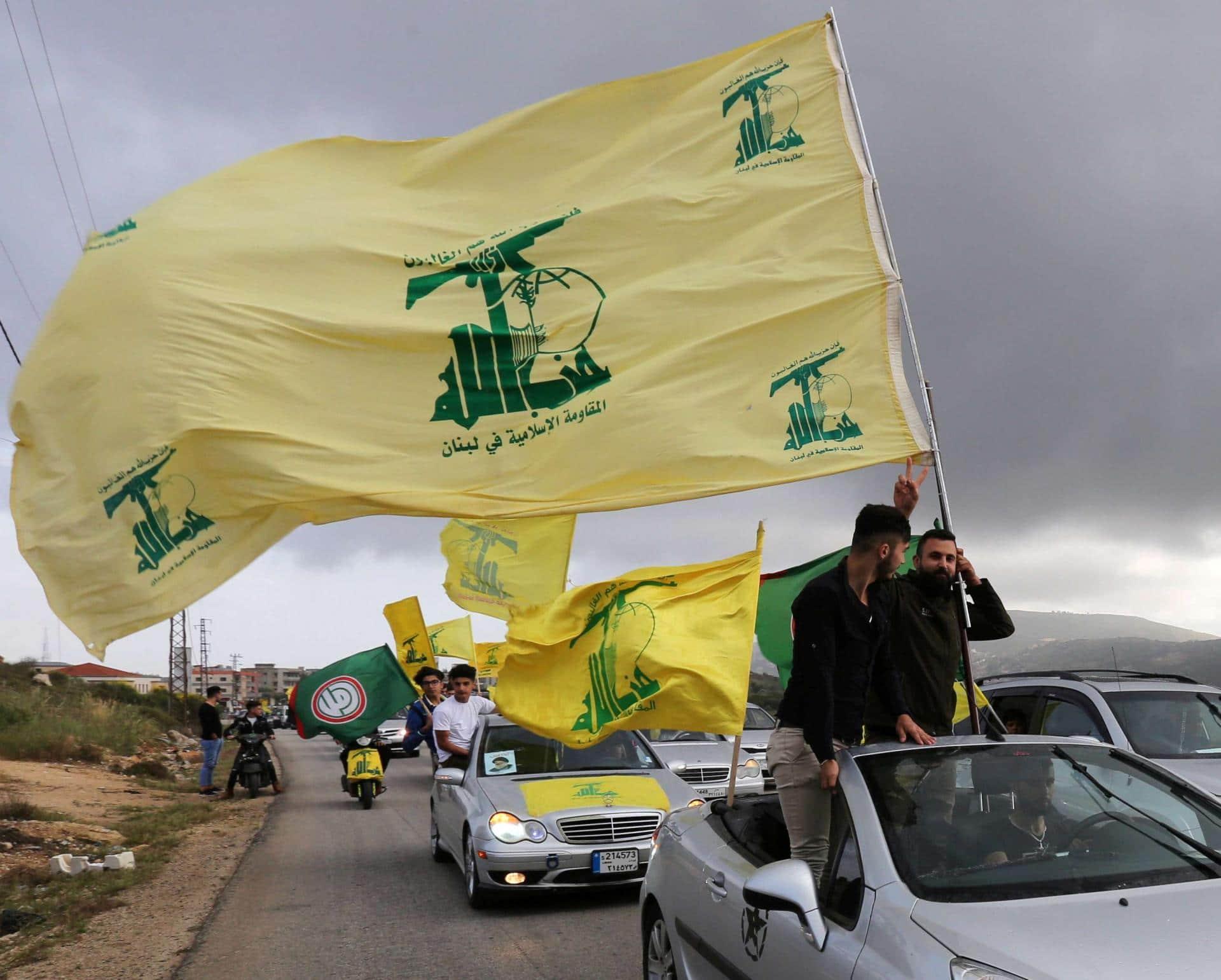 الانهيار وشيك.. حزب الله بدأ في تخزين كميات ضخمة من الأغذية والأدوية والوقود