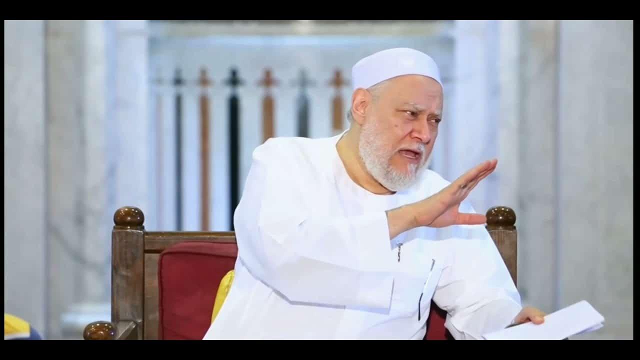 علماء المسلمين تقرر فصل علي جمعة ورئيس مجلس الإمارات للإفتاء والمستشار الديني في ديوان ابن زايد