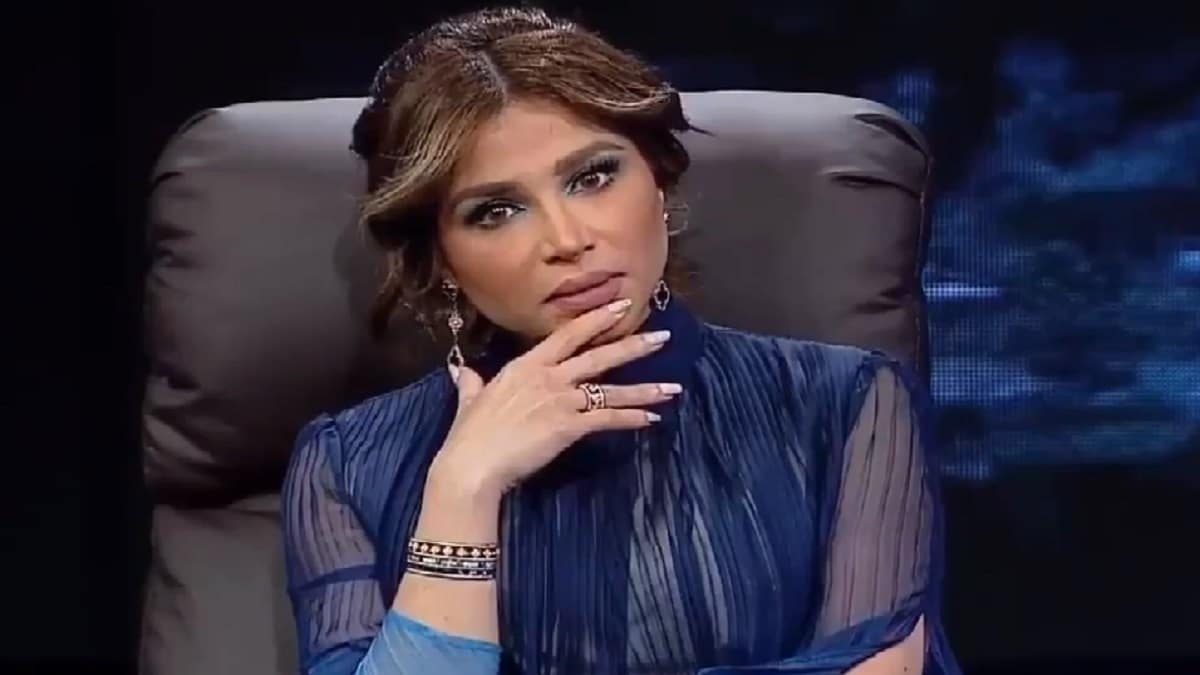 الفاشينستا الكويتية نهى نبيل تنهار بعد تسريب الفيديو الخادش للحياء من داخل منزلها!
