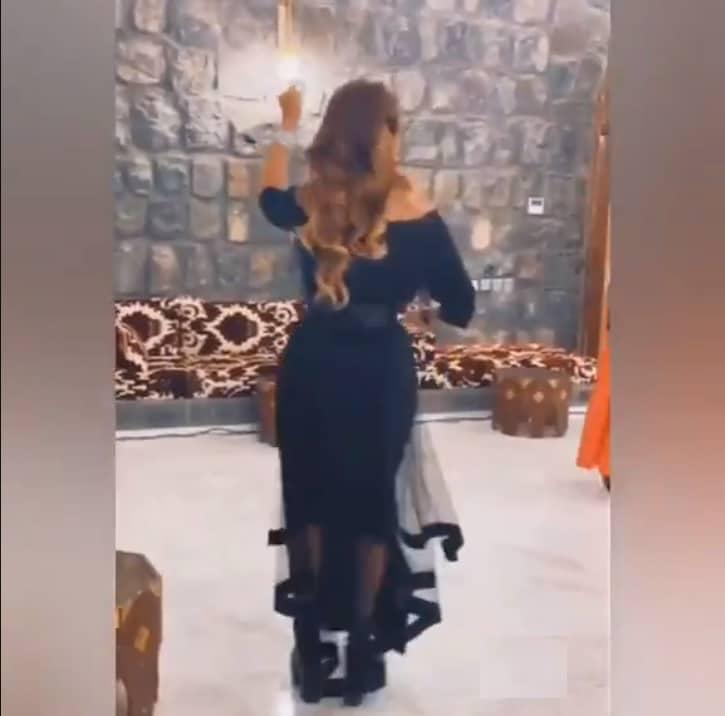 """الفنانة وعد السعودية تثير ضجة واسعة بفيديو رقص """"جريء""""!"""