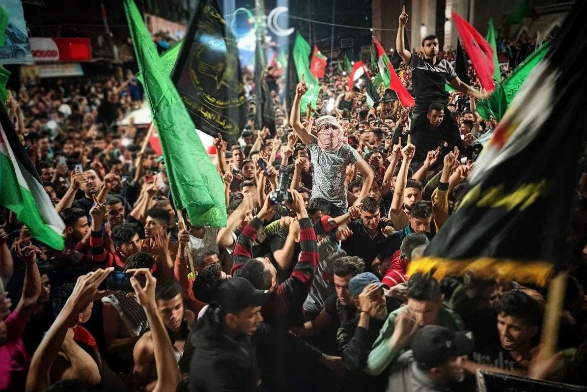 شعبية حماس فاقت التوقعات.. الاندبندنت: حالة سخط ضد السلطة الفلسطينية بالضفة الغربية