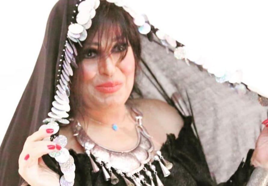 شاهد كيف صُدمت الراقصة المصرية فيفي عبده بوفاة سمير غانم