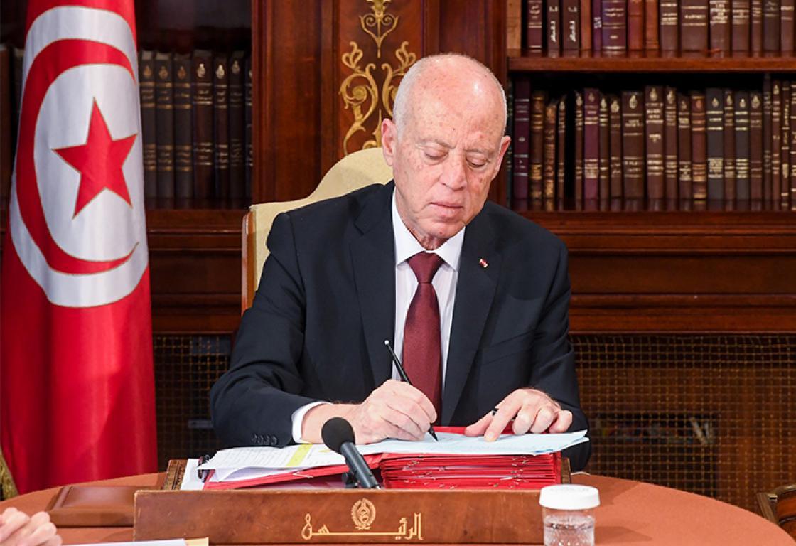 قيس سعيد ينتقم من نائبين تونسيين بعد انقلابه على السلطة