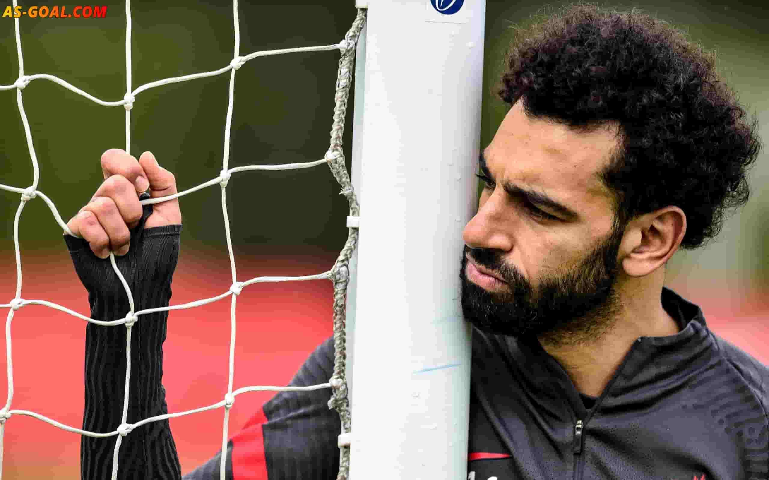 بالصور: محمد صلاح يستفز جمهوره بالتزامن مع سقوط اللاعب إريكسن