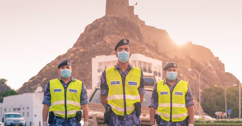 5 ملايين جرعة ستصل سلطنة عمان .. هل يُشترط التطعيم لدخول المؤسسات التعليمية والحكومية!؟
