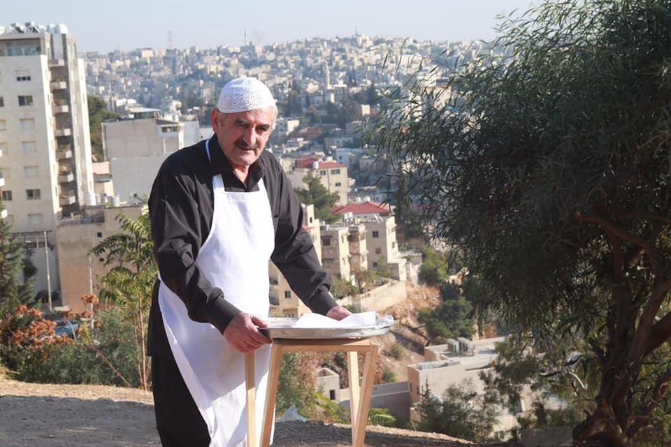 الفنان الأردني زهير النوباني يتخذ قراراً مفاجئاً بعد أشهر من مداهمة الأمن لمنزله واحتجاز زوجته!