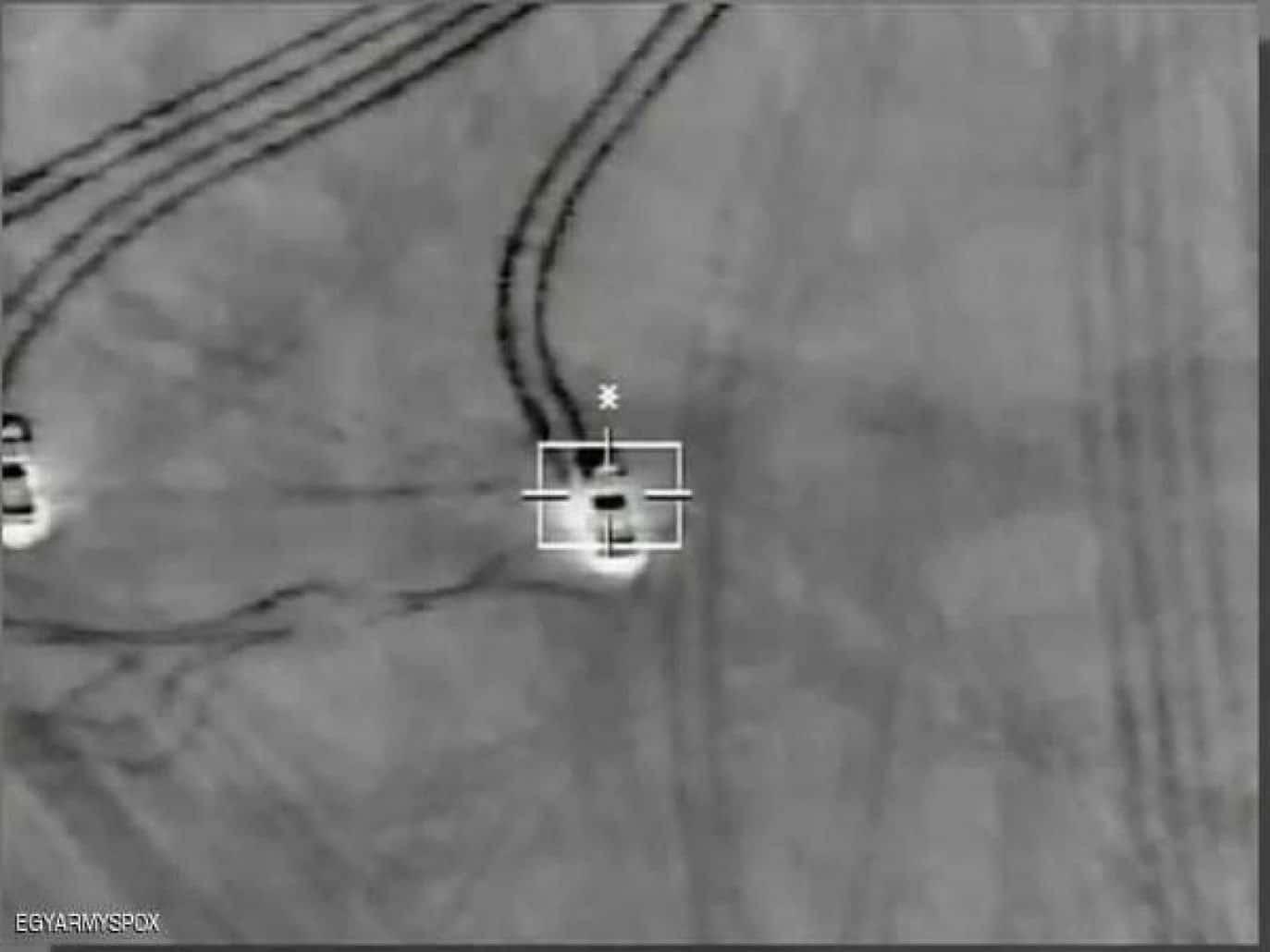 ما حقيقة فيديو الغارات الجوية المصرية على مواقع المتشددين في سيناء؟
