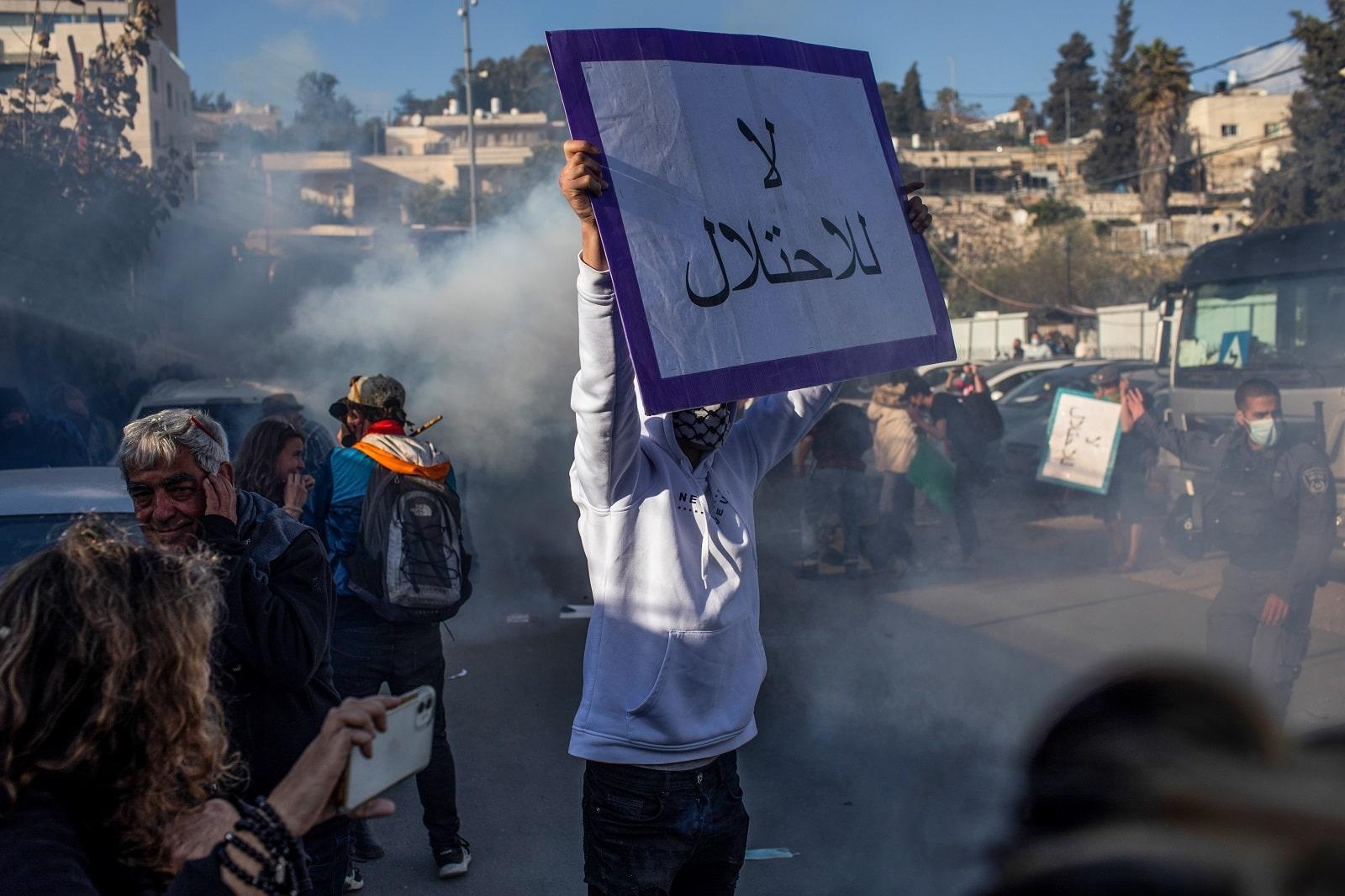 هكذا انتقمت إسرائيل من فلسطيني 48 بعد هبتهم للدفاع عن الأقصى وغزة.. شهادات مروعة